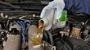 Những tác hại của việc không thay dầu nhớt động cơ ô tô định kỳ