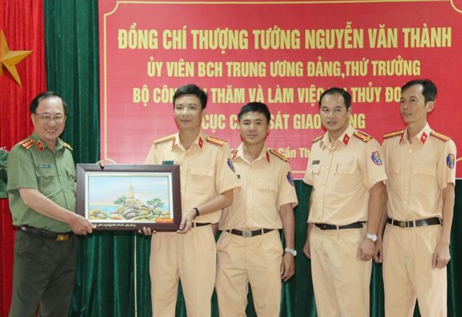 Thứ trưởng Nguyễn Văn Thành làm việc với Thủy đoàn II Cục CSGT - Ảnh minh hoạ 3
