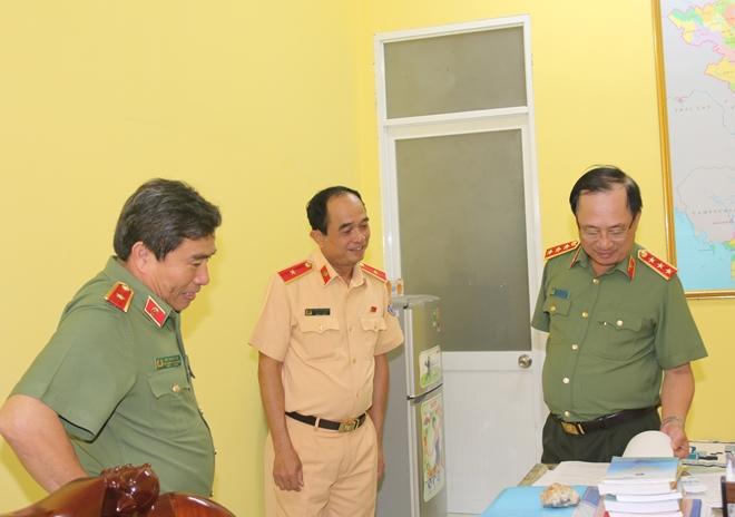 Thứ trưởng Nguyễn Văn Thành làm việc với Thủy đoàn II Cục CSGT - Ảnh minh hoạ 5
