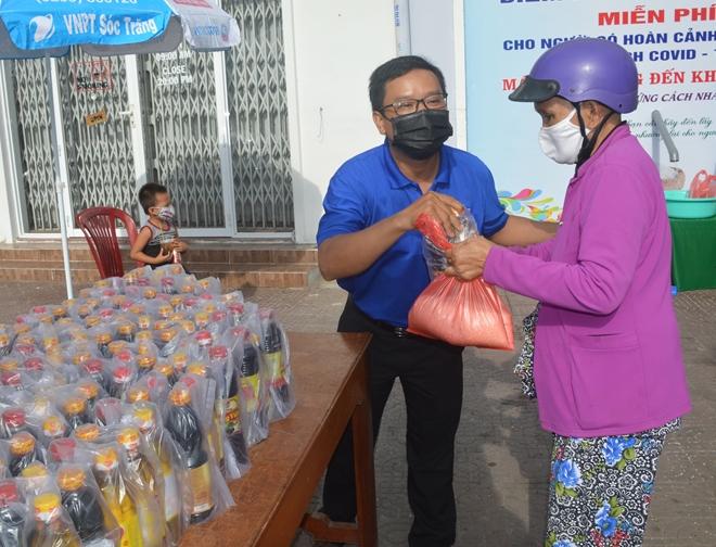 Cây ATM gạo đầu tiên hỗ trợ người nghèo ở Sóc Trăng - Ảnh minh hoạ 3