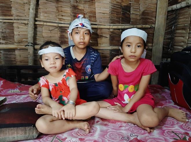 Cha mẹ mất do tai nạn, bỏ lại 3 con thơ dại - Ảnh minh hoạ 2