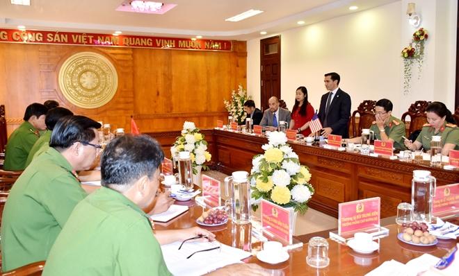 Đoàn công tác Đại sứ quán Hoa Kỳ làm việc với Công an tỉnh Bạc Liêu - Ảnh minh hoạ 4