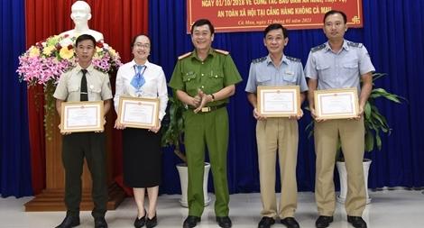 Phối hợp đảm bảo an ninh Cảng hàng không Cà Mau