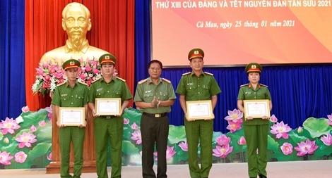Sơ kết tháng cao điểm bảo vệ Đại hội toàn quốc lần thứ XIII của Đảng
