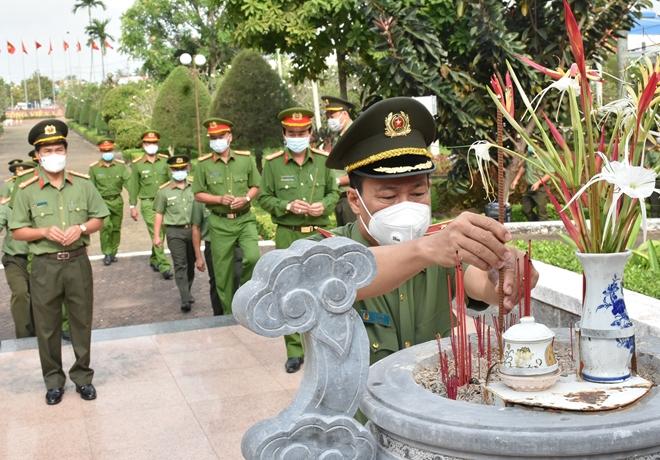 Thứ trưởng Lê Tấn Tới kiểm tra công tác một số đơn vị thuộc Công an tỉnh Bạc Liêu - Ảnh minh hoạ 7