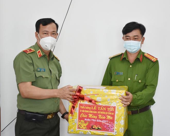 Thứ trưởng Lê Tấn Tới kiểm tra công tác một số đơn vị thuộc Công an tỉnh Bạc Liêu - Ảnh minh hoạ 2