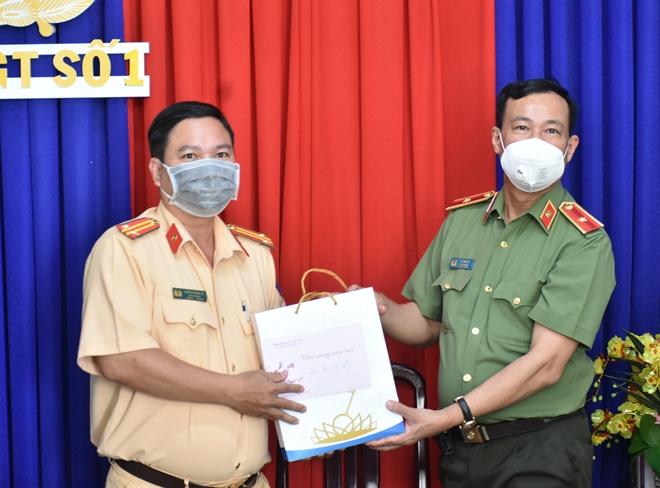 Thứ trưởng Lê Tấn Tới kiểm tra công tác một số đơn vị thuộc Công an tỉnh Bạc Liêu - Ảnh minh hoạ 5