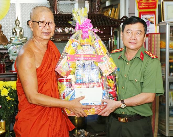 Công an hai tỉnh Sóc Trăng, Bạc Liêu chúc Tết Chôl Chnăm Thmây - Ảnh minh hoạ 3