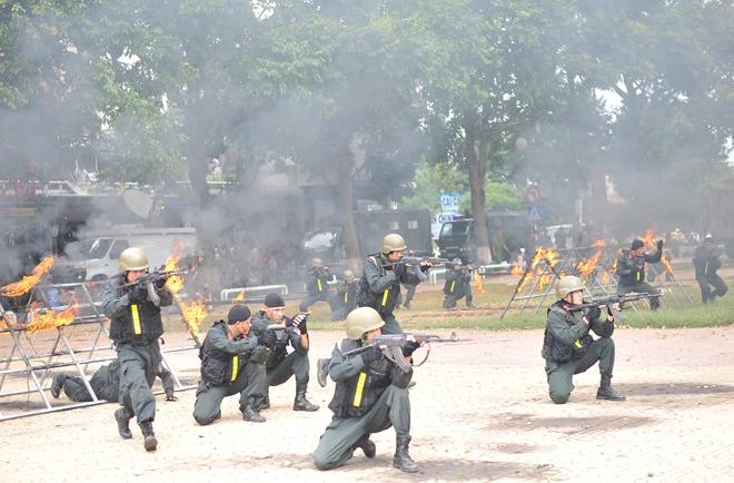 Khai mạc Chung kết Hội thi điều lệnh, bắn súng, võ thuật CAND khu vực phía Nam lần thứ 5 - Ảnh minh hoạ 25