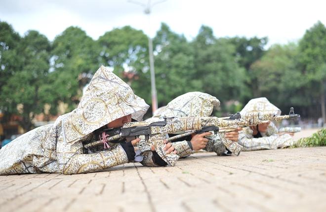Khai mạc Chung kết Hội thi điều lệnh, bắn súng, võ thuật CAND khu vực phía Nam lần thứ 5 - Ảnh minh hoạ 24