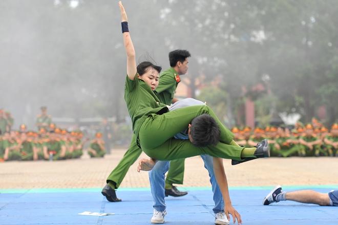 Khai mạc Chung kết Hội thi điều lệnh, bắn súng, võ thuật CAND khu vực phía Nam lần thứ 5 - Ảnh minh hoạ 34