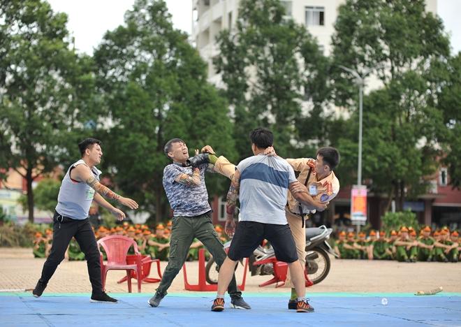Khai mạc Chung kết Hội thi điều lệnh, bắn súng, võ thuật CAND khu vực phía Nam lần thứ 5 - Ảnh minh hoạ 32