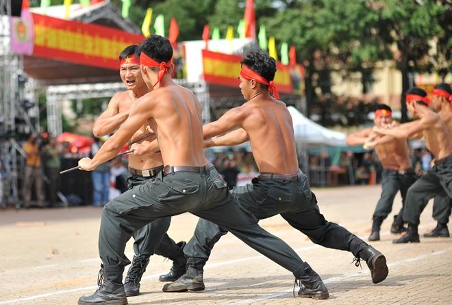 Khai mạc Chung kết Hội thi điều lệnh, bắn súng, võ thuật CAND khu vực phía Nam lần thứ 5 - Ảnh minh hoạ 13