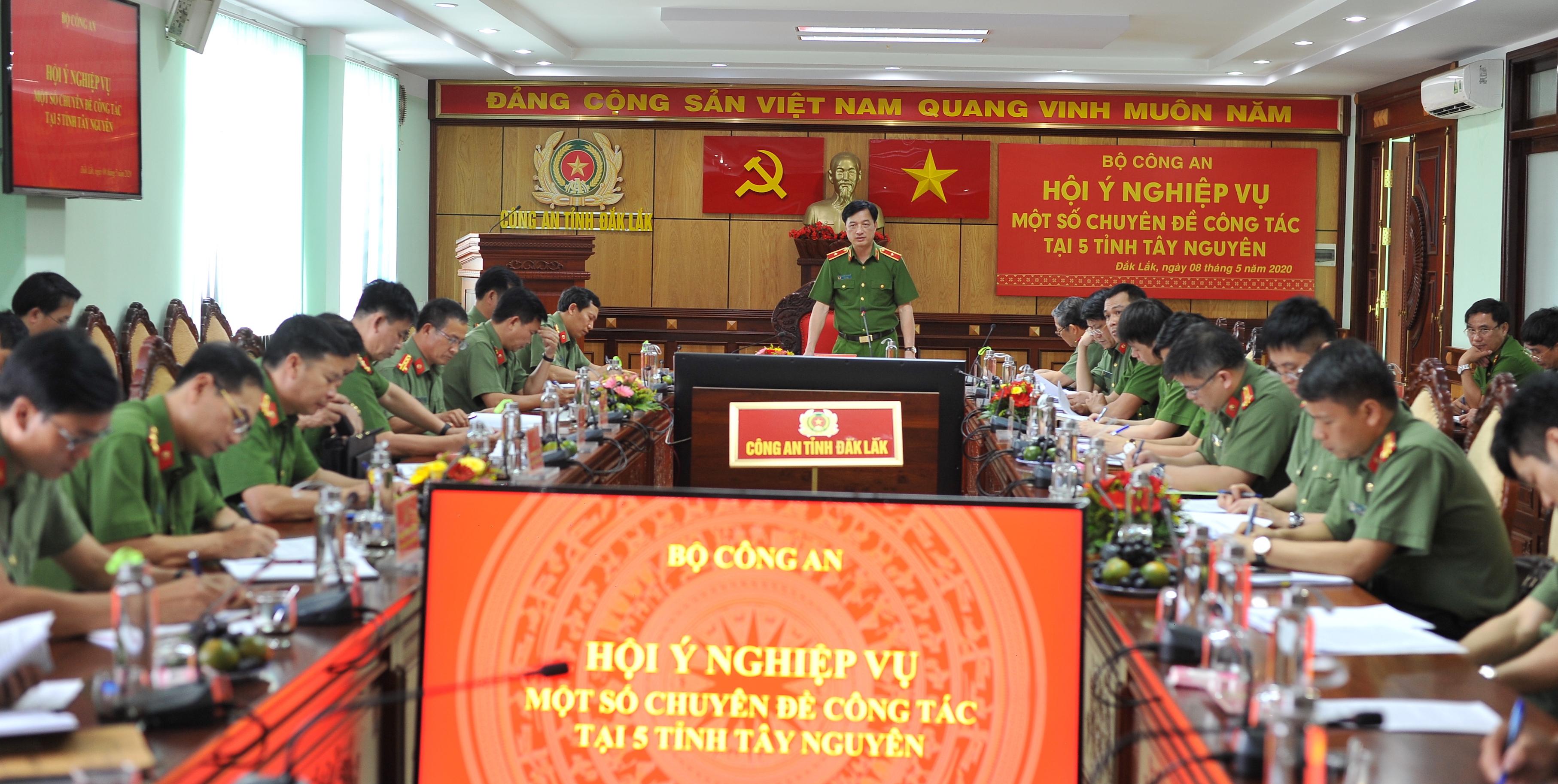 Hội nghị một số chuyên đề công tác tại Tây Nguyên