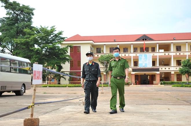 Tuổi trẻ Công an Đắk Lắk chung tay phòng, chống dịch COVID-19 - Ảnh minh hoạ 6
