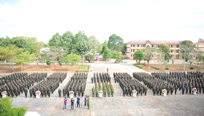 Khai giảng Khoá huấn luyện công dân phục vụ có thời hạn trong lực lượng CAND - Ảnh minh hoạ 2