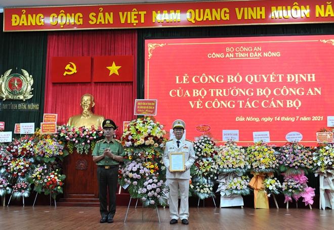 Công bố, trao quyết định Giám đốc Công an tỉnh Đắk Nông - Ảnh minh hoạ 4