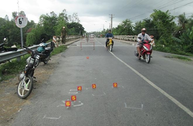 Đồng Tháp: Hai xe máy tông nhau, một người tử vong
