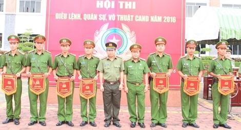 showing 2nd image of Phap Lenh Dan So 2018 Thanh Hóa: Bất chấp lệnh của chính quyền, dân vẫn chặt bỏ ...