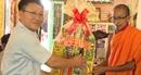Công an tỉnh Vĩnh Long thăm, chúc mừng Lễ Sen-Dolta