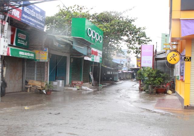 Công an Bạc Liêu tăng cường tuần tra an ninh khu vực sơ tán cư dân tránh bão