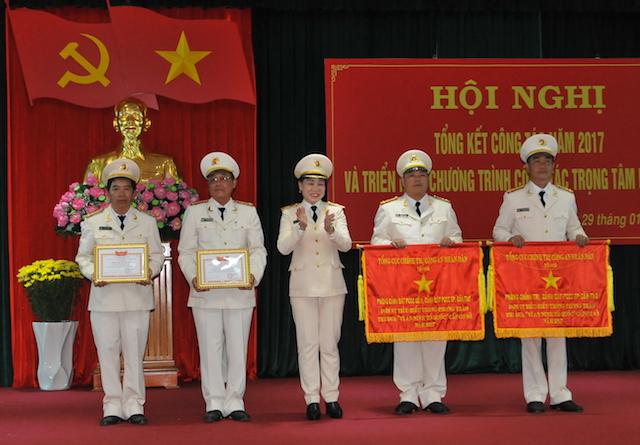 Lãnh đạo Bộ Công an chỉ đạo công tác tại Cảnh sát PCCC TP Cần Thơ - Ảnh minh hoạ 2