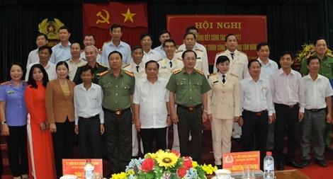 Lãnh đạo Bộ Công an chỉ đạo công tác tại Cảnh sát PCCC TP Cần Thơ