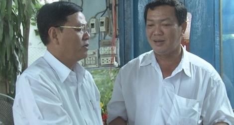 Thăm hỏi Trưởng Công an phường bị chém đứt lìa 2 đốt ngón tay