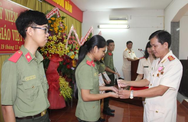 Trường Văn hoá II kỷ niệm 36 năm ngày nhà giáo Việt Nam - Ảnh minh hoạ 2