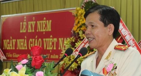 Trường Văn hoá II kỷ niệm 36 năm ngày nhà giáo Việt Nam