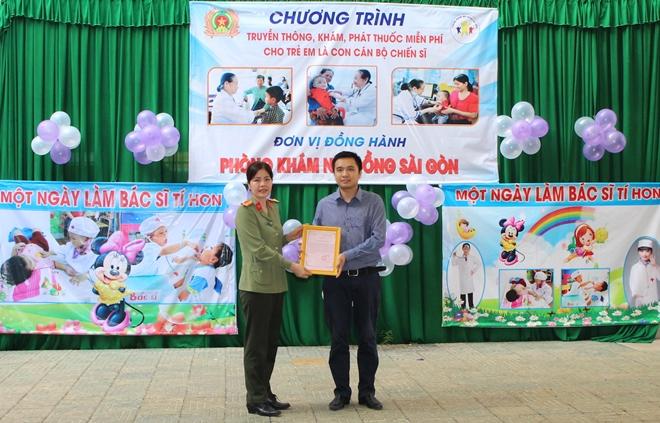 Công an tỉnh Trà Vinh tổ chức khám bệnh, tư vấn dinh dưỡng cho con cán bộ, chiến sỹ - Ảnh minh hoạ 2