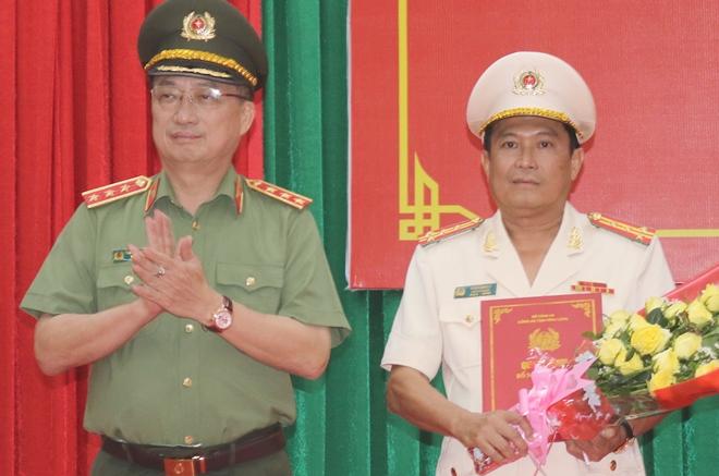 Công bố quyết định điều động, bổ nhiệm Giám đốc Công an tỉnh Vĩnh Long - Ảnh minh hoạ 2
