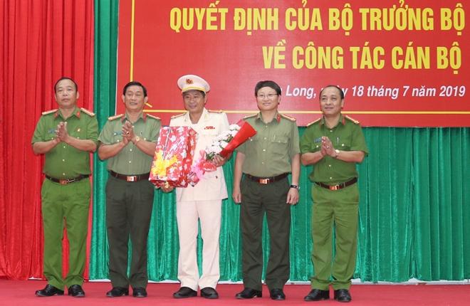 Công bố quyết định điều động, bổ nhiệm Giám đốc Công an tỉnh Vĩnh Long - Ảnh minh hoạ 6