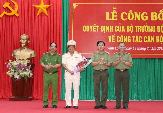 Công bố quyết định điều động, bổ nhiệm Giám đốc Công an tỉnh Vĩnh Long - Ảnh minh hoạ 4