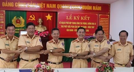 Công an các tỉnh thành Tây Nam bộ phối hợp phòng chống đua xe