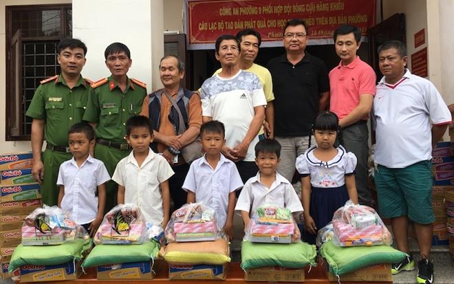 Công an Trà Vinh tặng quà học sinh nghèo hiếu học - Ảnh minh hoạ 2