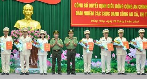 CA Đồng Tháp bố trí 220 cán bộ chính quy đảm nhiệm chức danh Công an xã