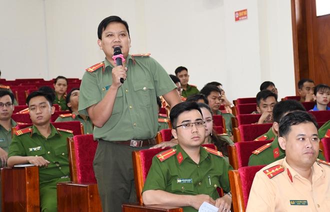 Giám đốc Công an tỉnh Trà Vinh đối thoại với đoàn viên, thanh niên - Ảnh minh hoạ 3