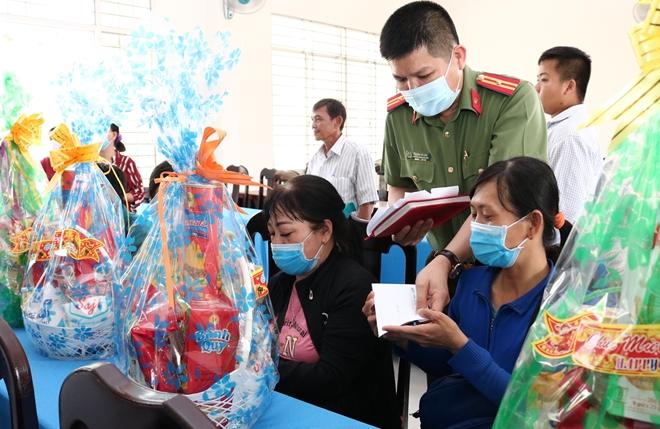 Ấm áp tình Xuân miệt vườn Tiền Giang và Bến Tre - Ảnh minh hoạ 4