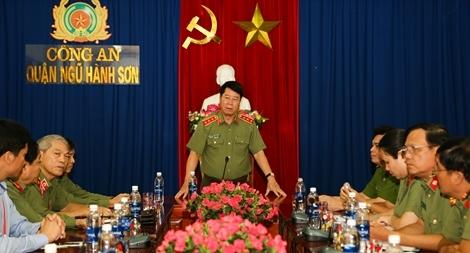 Thứ trưởng Bùi Văn Nam kiểm tra công tác an ninh APEC tại quận Ngũ Hành Sơn