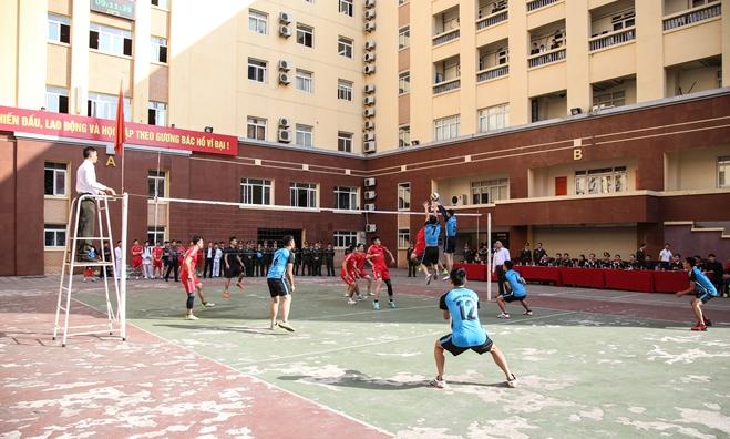 Khai mạc tuần lễ thể thao chào mừng 65 năm Ngày thành lập lực lượng Cảnh vệ CAND - Ảnh minh hoạ 16