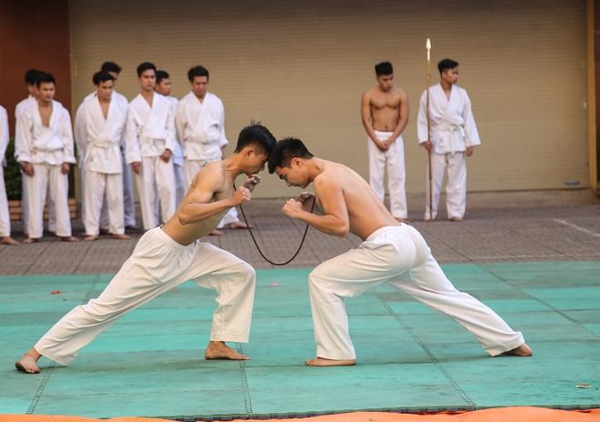 Khai mạc tuần lễ thể thao chào mừng 65 năm Ngày thành lập lực lượng Cảnh vệ CAND - Ảnh minh hoạ 12