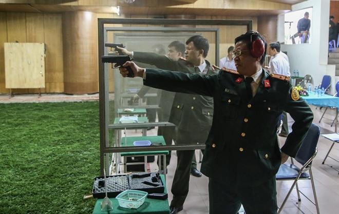 """Các thiện xạ Cảnh vệ CAND phô diễn kĩ năng bắn súng """"bách phát, bách trúng"""" - Ảnh minh hoạ 5"""
