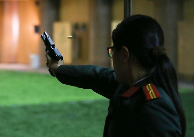"""Các thiện xạ Cảnh vệ CAND phô diễn kĩ năng bắn súng """"bách phát, bách trúng"""" - Ảnh minh hoạ 7"""