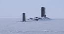 Tàu ngầm Anh rẽ băng, trồi lên ở Bắc Cực giữa lúc căng thẳng với Nga
