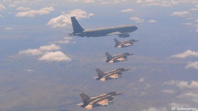 """Nga tố Israel """"núp"""" máy bay dân sự để ném bom Syria"""