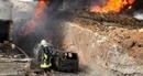 Khủng bố thân al-Qaeda điên cuồng đánh bom liều chết ở Idlib