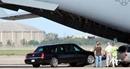Ngựa thồ C-17 Globemaster III chuyên chở xe cho ông Trump khi công du có gì đặc biệt?