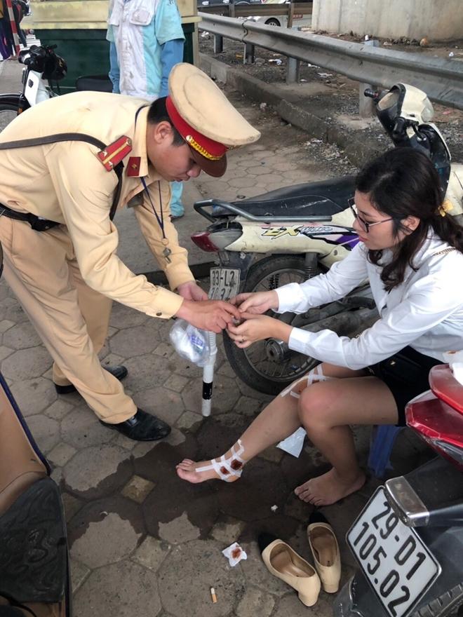 Người dân viết thư cám ơn chiến sĩ CSGT Thủ đô cứu giúp lúc hoạn nạn