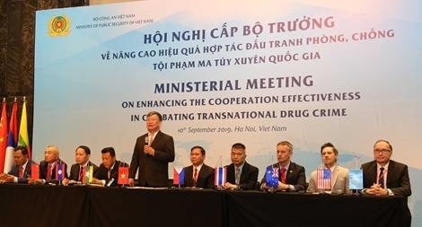 """""""Không một quốc gia đơn lẻ nào có thể tự mình giải quyết vấn nạn ma túy"""""""